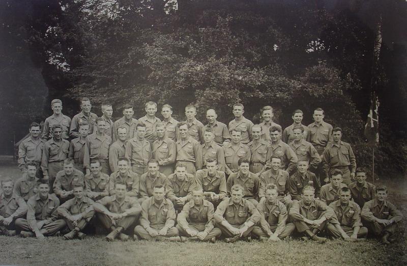 Američtí rangers v D. Lukavici v roce 1945