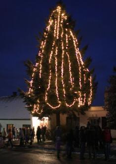 Vítání adventu a rozsvícení stromu 28. 11. 2010