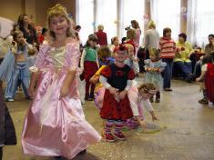 Dětský maškarní karneval 2008