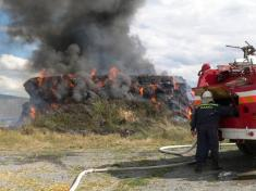 Požár stohu DL 3.8.2008 SDH Chlumčany