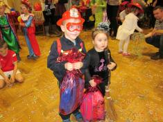 Dětský karneval ve Snopoušovech