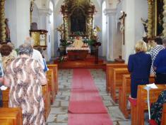 Mše zazemřelé rodáky vkostele sv.Petra aPavla