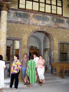 Paní Veverková otevřela kprohlídce některé místnosti zámku