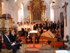 V kostele vDolní Lukavici