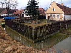 Jarní obleva udolnolukavských stavení